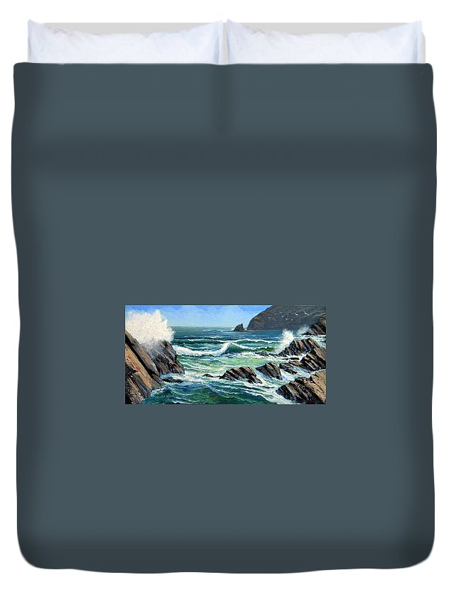 Seascape Duvet Cover featuring the painting Summer Surf by Frank Wilson