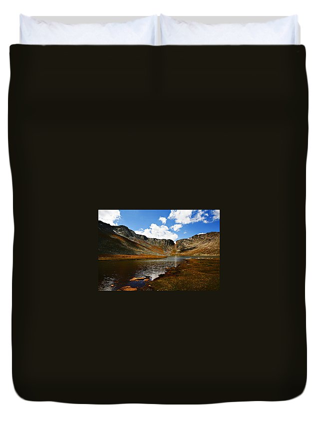 Travel Duvet Cover featuring the photograph Summit Lake Colorado by Marilyn Hunt