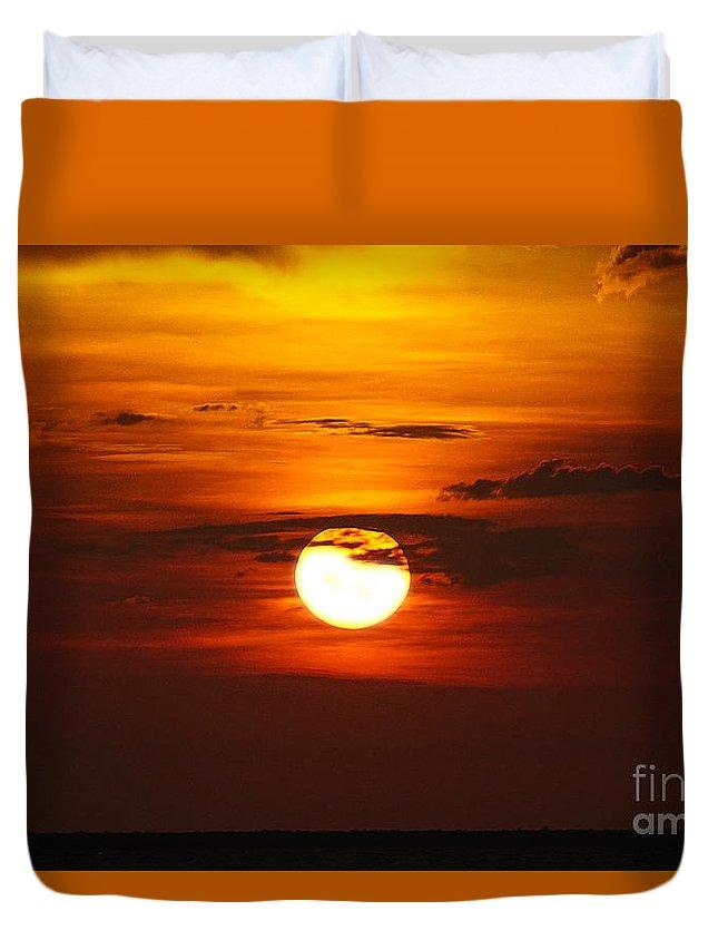 Sun Duvet Cover featuring the photograph Sun 33 by Ben Yassa