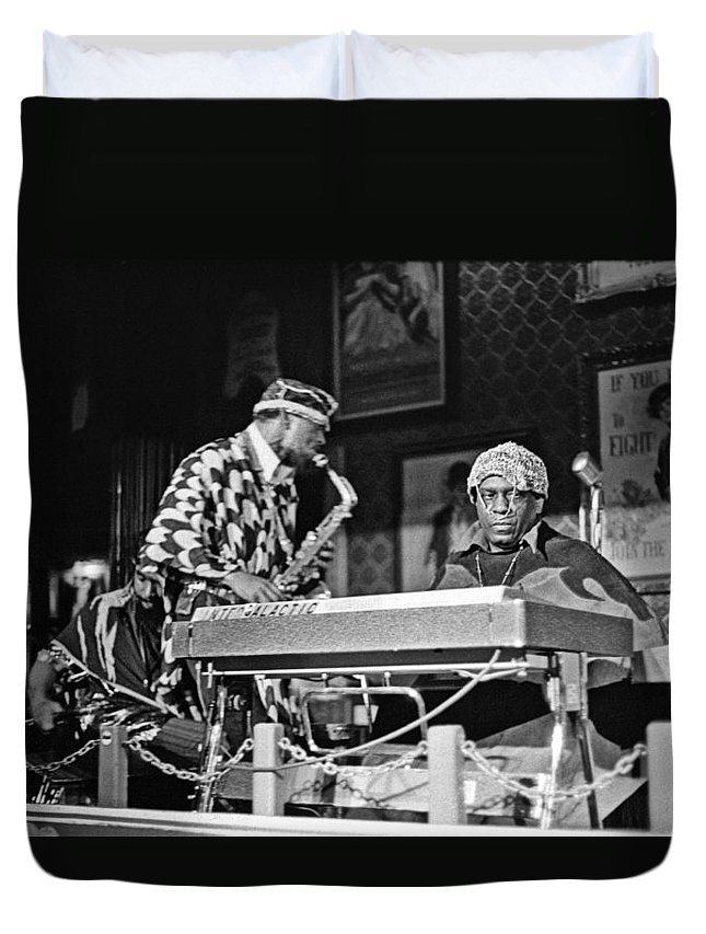 Jazz Duvet Cover featuring the photograph Sun Ra Arkestra At The Red Garter 1970 Nyc 3 by Lee Santa
