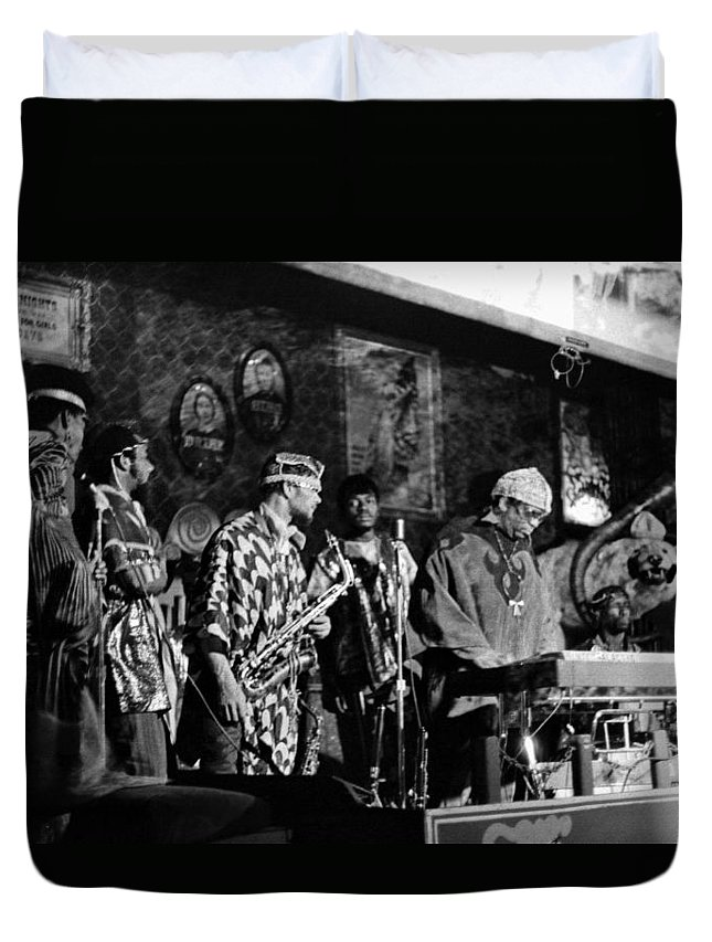 Jazz. B&w Duvet Cover featuring the photograph Sun Ra Arkestra At The Red Garter 1970 Nyc 4 by Lee Santa