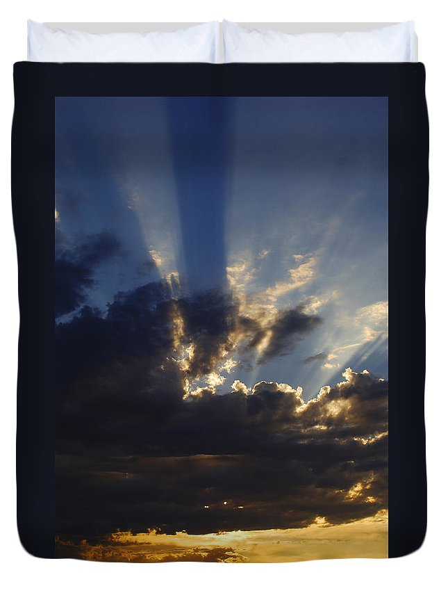 Sunset Duvet Cover featuring the photograph Sun Rays by Jill Reger