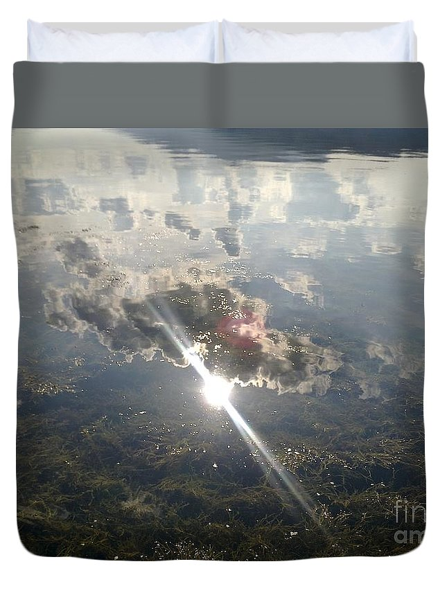 Sun Duvet Cover featuring the photograph Sun Reflected On The Sea by Raluca Dumitrescu