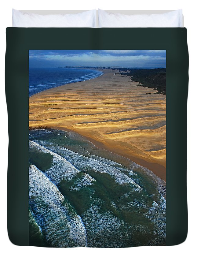 Coast Duvet Cover featuring the photograph Sun Rise Coast by Skip Hunt