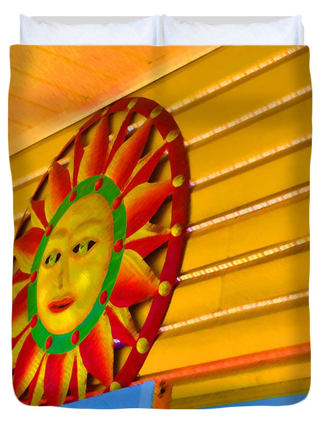 Rehoboth Duvet Cover featuring the photograph Sun Shopping by Jost Houk