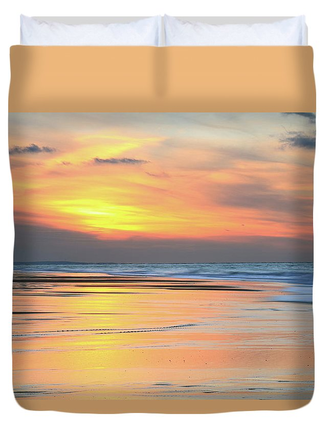 Sundown Duvet Cover featuring the photograph Sundown At Race Point Beach by Roupen Baker