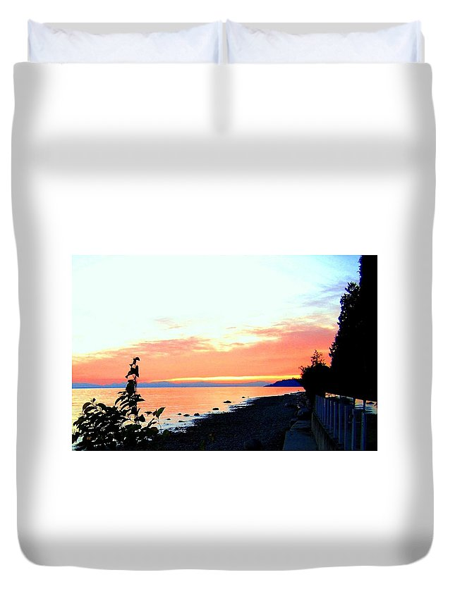 Sunset Duvet Cover featuring the photograph Sundown From West Vancouver by Will Borden