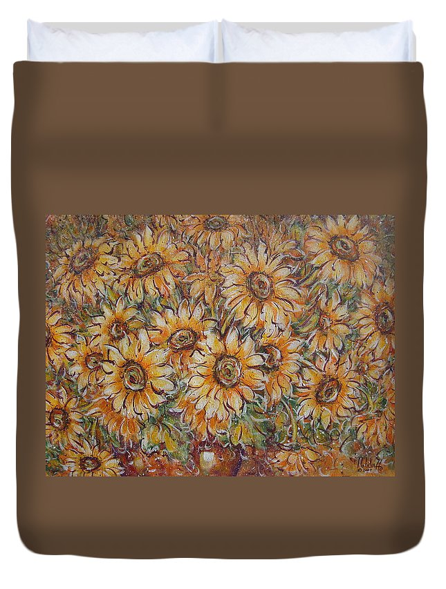 Flowers Duvet Cover featuring the painting Sunlight Bouquet. by Natalie Holland