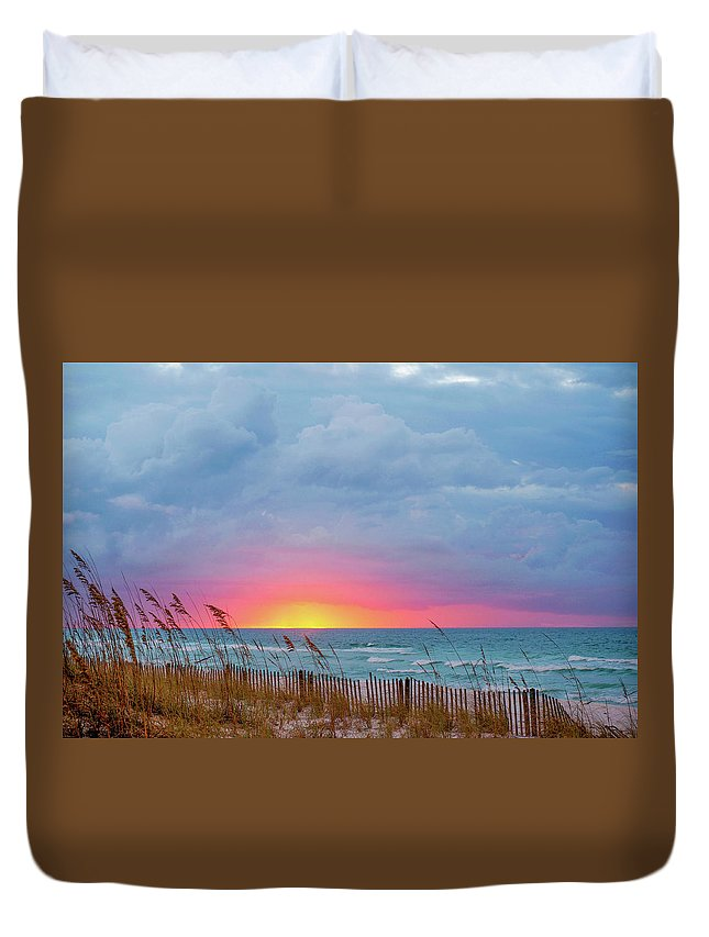 Seascape Duvet Cover featuring the photograph Sunrise by Anita Duff