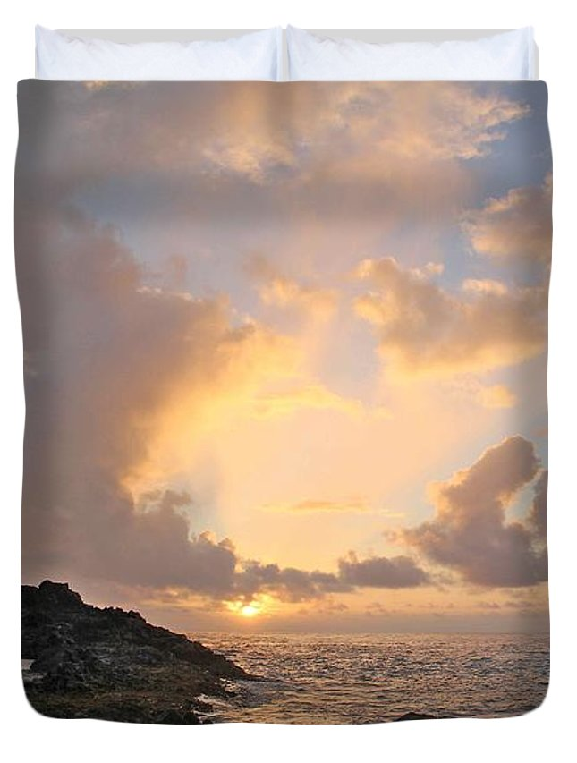 Outdoors Duvet Cover featuring the photograph Sunrise At Cockroach Cove by Adam Lee