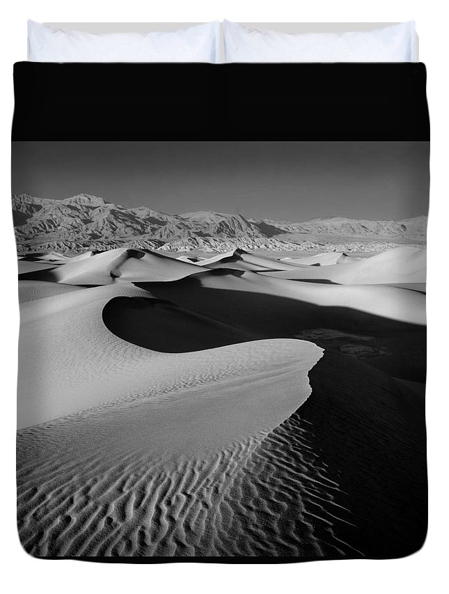 Death Valley Duvet Cover featuring the photograph 2a6856-bw-sunrise On Death Valley by Ed Cooper Photography