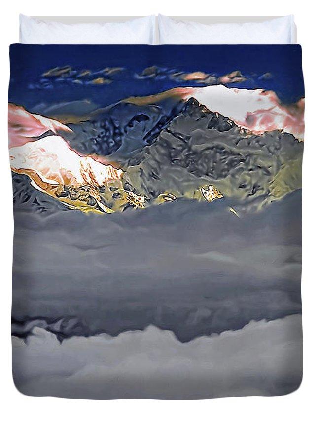 Darjeeling Duvet Cover featuring the photograph Sunrise On Kanchenjunga by Steve Harrington