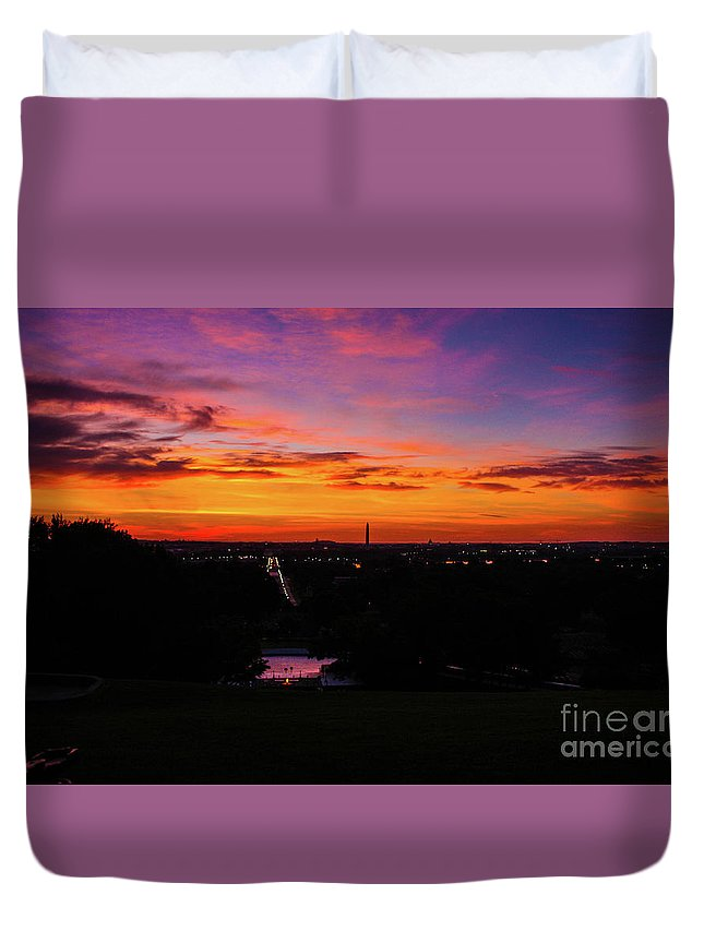 This Is A Photo Of Sunrise From Arlington Cemetery Duvet Cover featuring the photograph Sunrise Over Kennedy's Grave Arlington Cemetery by William Rogers