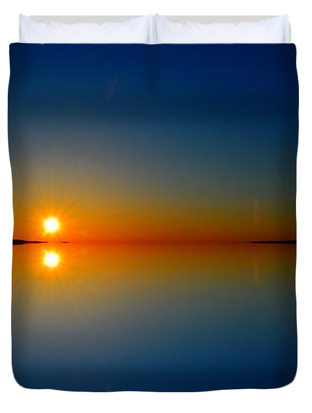 Abstract Duvet Cover featuring the photograph Sunrise Reflection 2 by Lyle Crump
