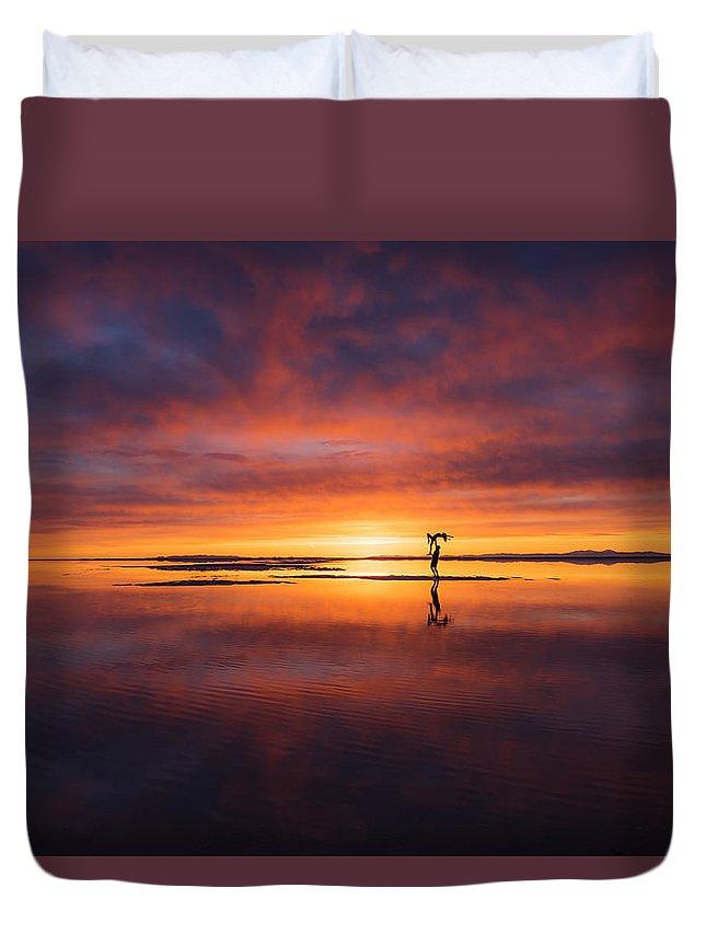Salt Flats Duvet Cover featuring the photograph Sunrise Yoga by Prajit Ravindran