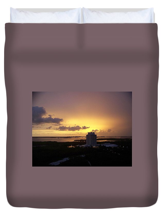Sunset Duvet Cover featuring the photograph Sunset 0003 by Laurie Paci