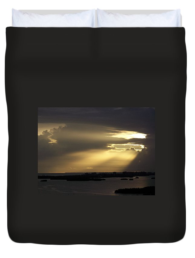 Sunset Over Estero Duvet Cover featuring the photograph Sunset 0006 by Laurie Paci