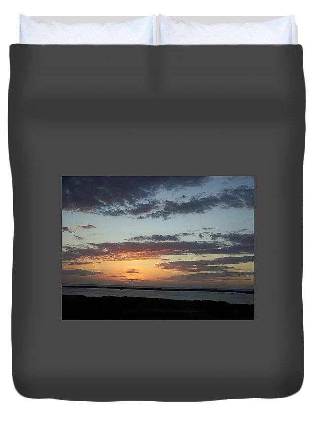 Sunset Duvet Cover featuring the photograph Sunset 0008 by Laurie Paci