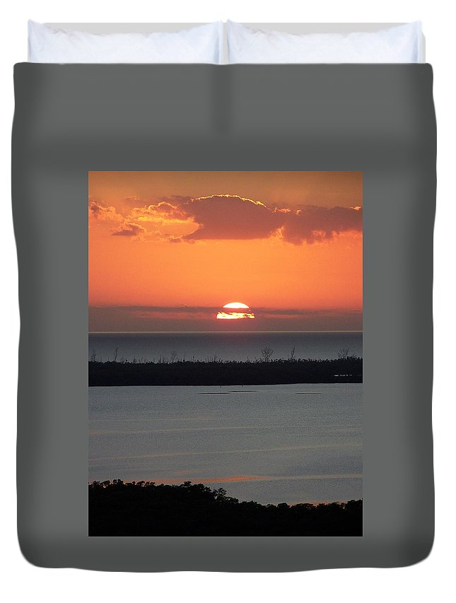 Sunset Duvet Cover featuring the photograph Sunset 0015 by Laurie Paci