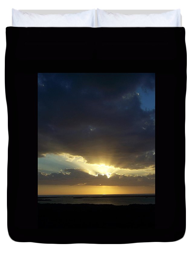 Sunset Duvet Cover featuring the photograph Sunset 0023 by Laurie Paci