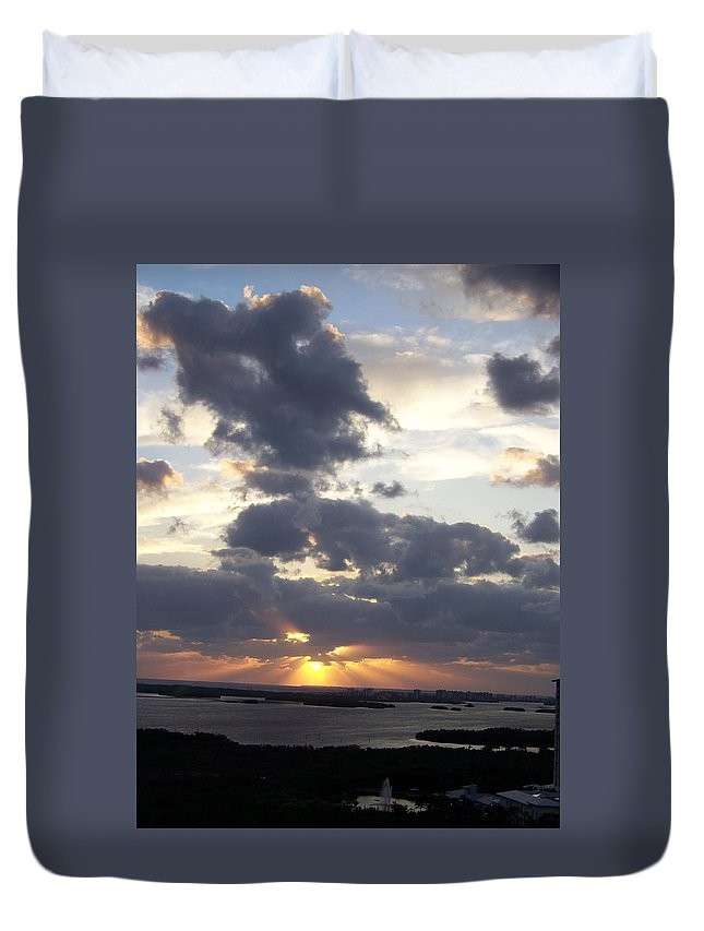 Sunset Duvet Cover featuring the photograph Sunset 0046 by Laurie Paci