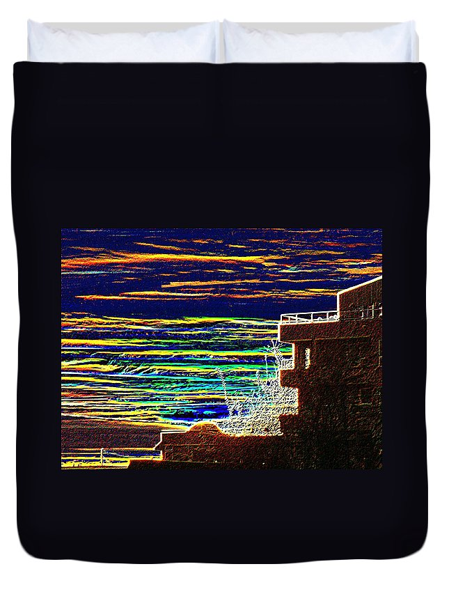 Seattle Duvet Cover featuring the digital art Sunset 1 by Tim Allen