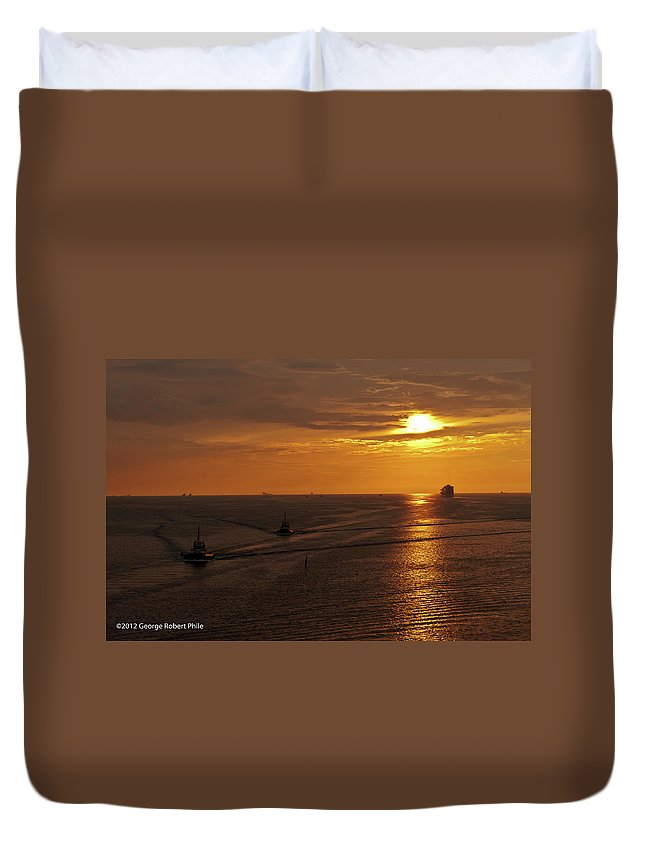 Ships Duvet Cover featuring the photograph Sunset - 34 by George Phile