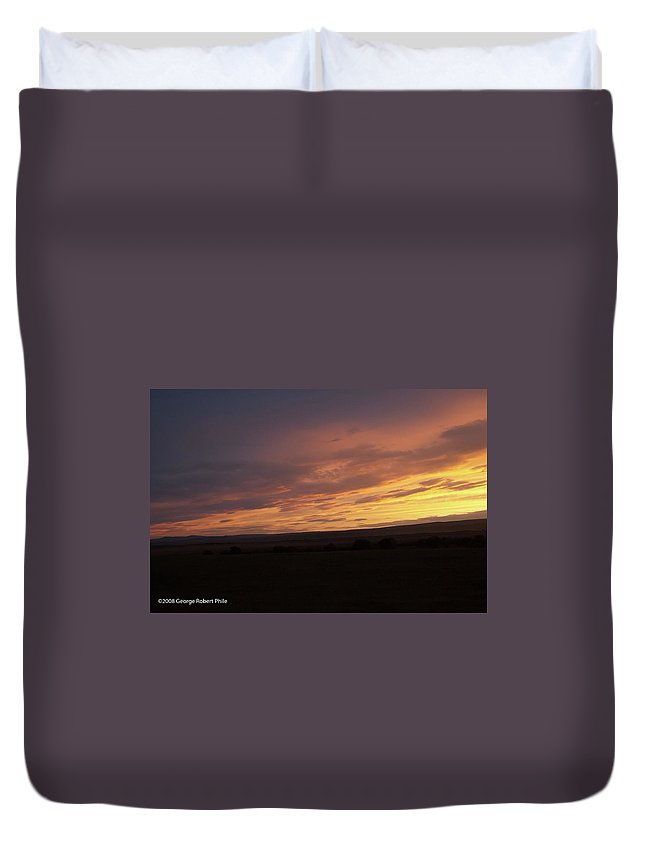 Sunset Duvet Cover featuring the photograph Sunset - 50 by George Phile