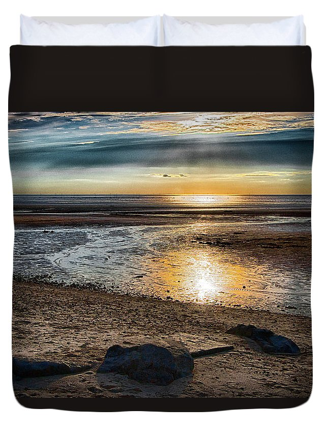Sunset Duvet Cover featuring the photograph Sunset At Brewster Flats by Robert Anastasi