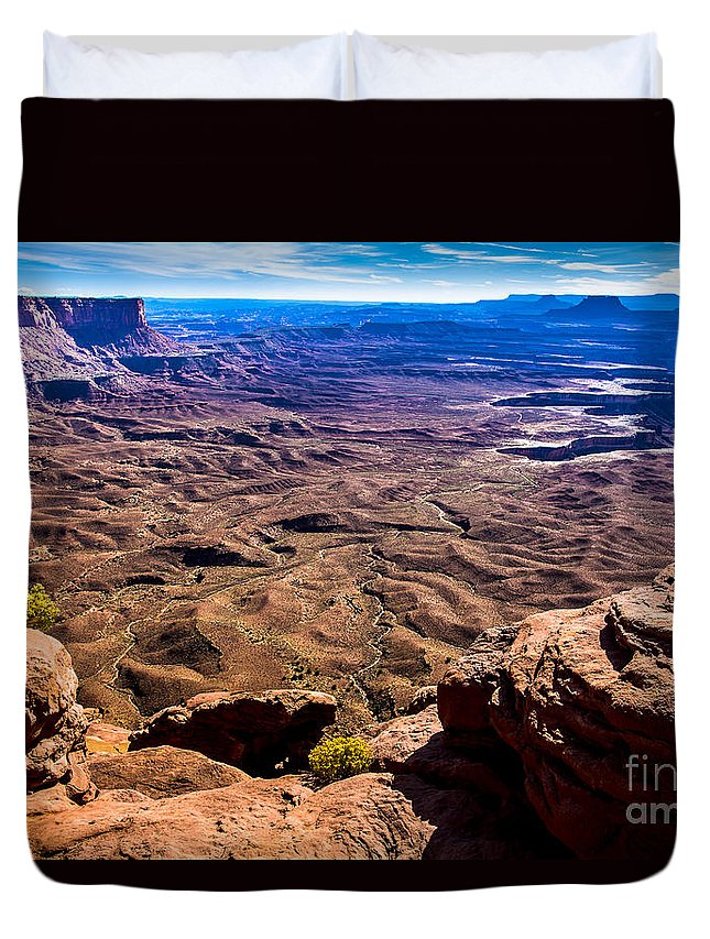 Canyonlands National Park Duvet Cover featuring the photograph Sunset At Canyonlands by Ben Graham