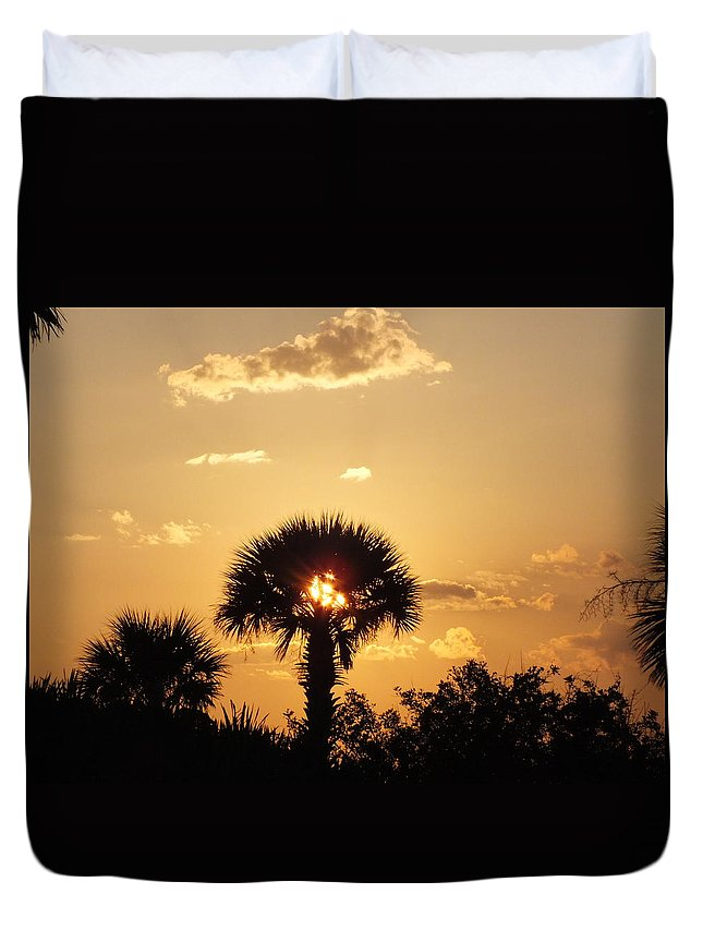 Sunset Duvet Cover featuring the photograph Sunset At Clearwater Beach by Sheli Kesteloot