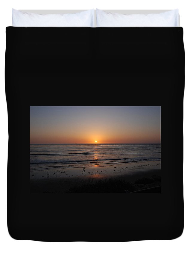 Sunset Duvet Cover featuring the photograph Sunset At Eljio Beach California by Susanne Van Hulst