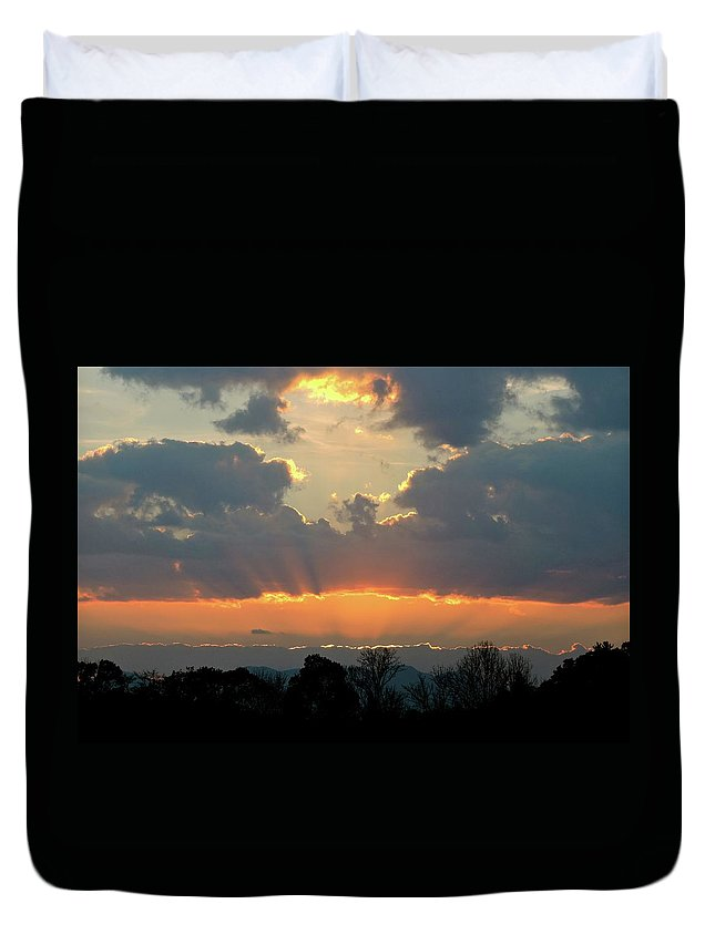 Sunset Duvet Cover featuring the photograph Sunset Glory by Pope McElvy