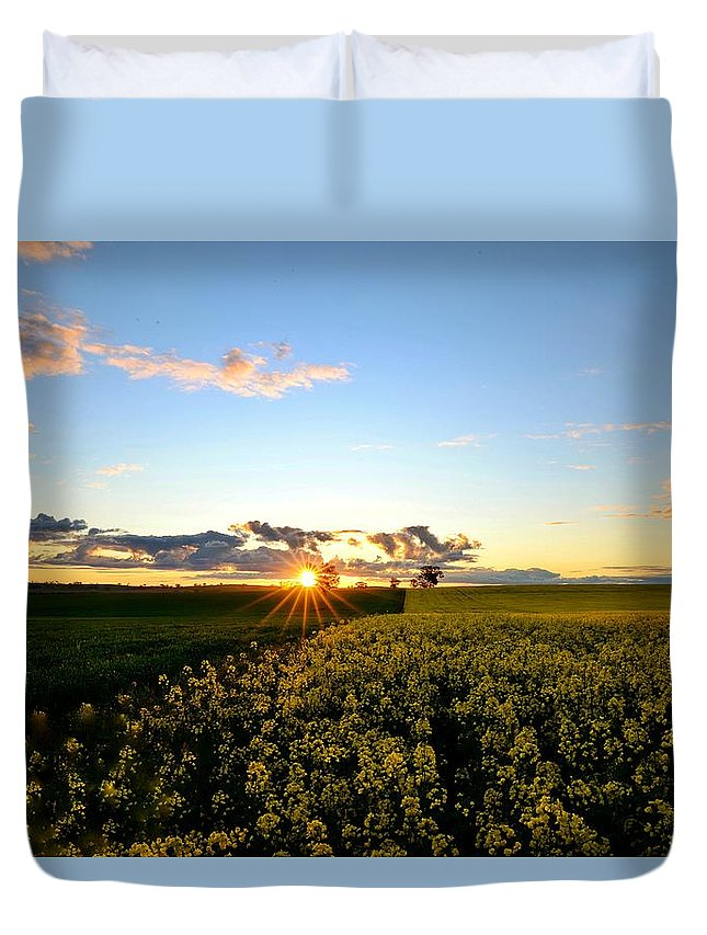 Landscape Duvet Cover featuring the photograph Sunset Glory by Theresa Duong