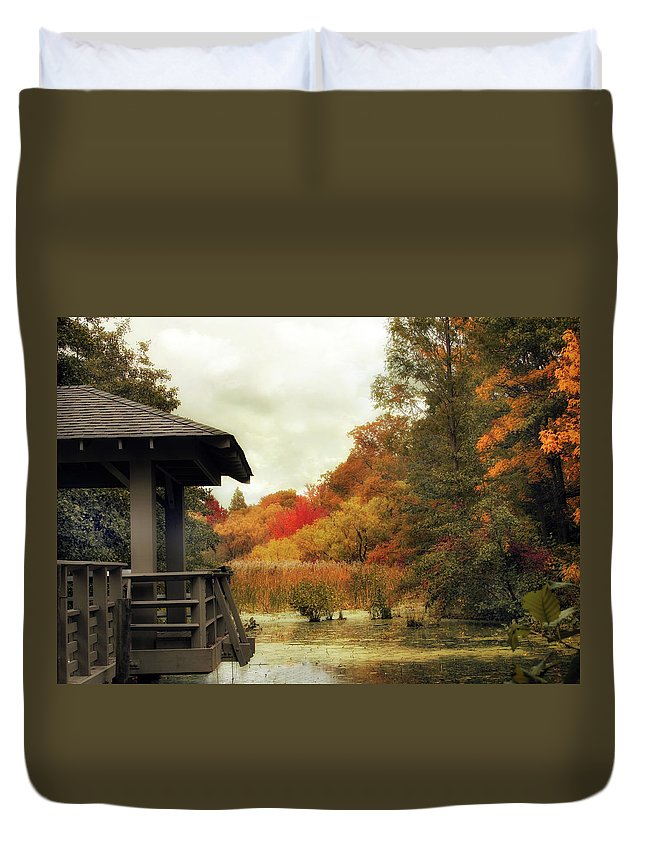 Nature Duvet Cover featuring the photograph Sunset Horizon by Jessica Jenney