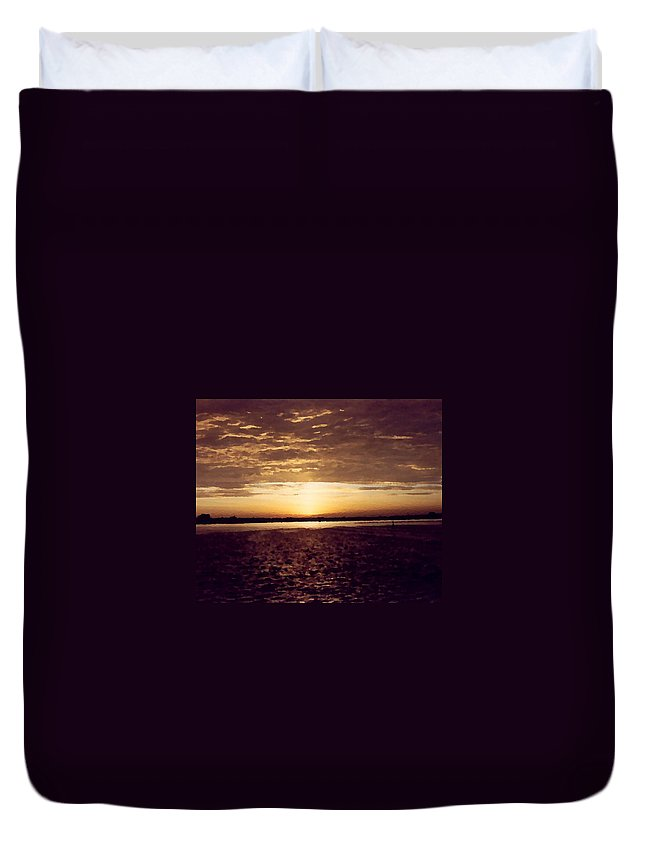 Sunset Duvet Cover featuring the photograph Sunset In Fl by Charleen Treasures