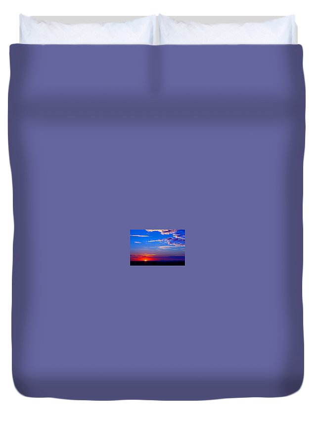 Duvet Cover featuring the photograph Sunset In Hudson Nh by Kenneth Bourassa