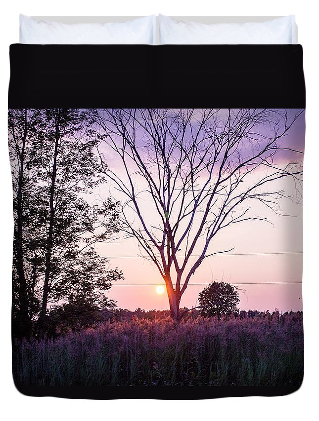 New York Duvet Cover featuring the photograph Sunset In New York by Kristen Andrea