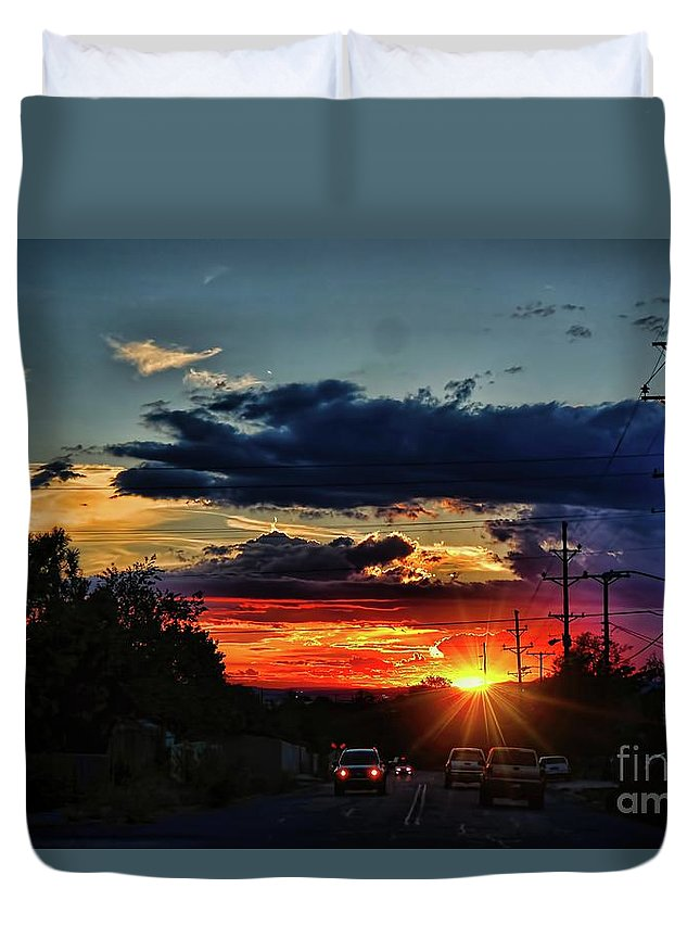 Sunsets Duvet Cover featuring the photograph Sunset In Santa Fe by Diana Mary Sharpton