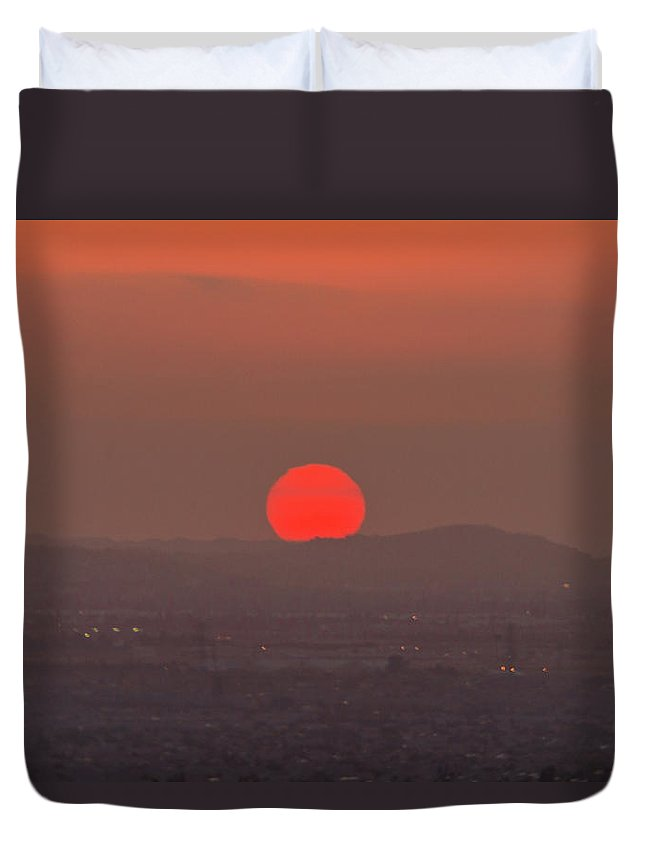 Sunset Duvet Cover featuring the photograph Sunset In Smog by Hyuntae Kim