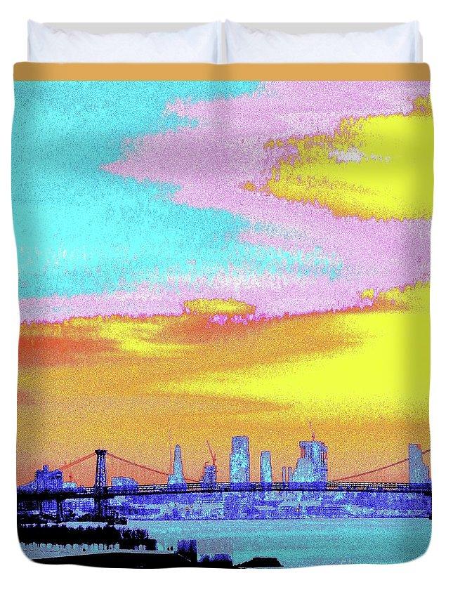 Sunset Duvet Cover featuring the photograph Sunset Lower Manhattan 2c5 by Ken Lerner