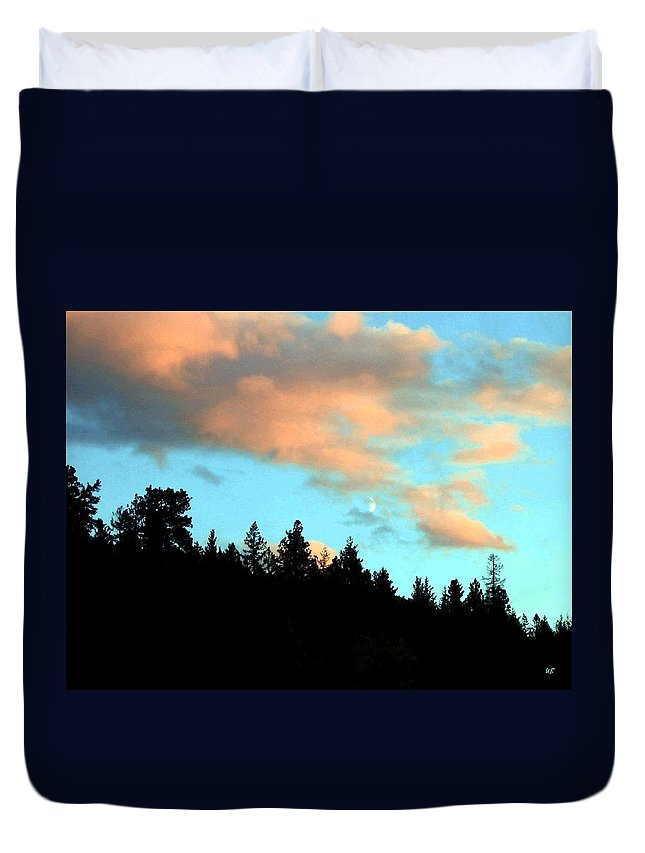 Sunset Duvet Cover featuring the photograph Sunset Moon by Will Borden