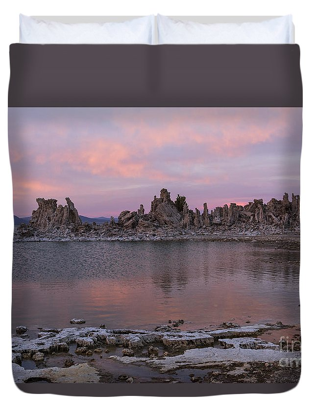 Sunsets Duvet Cover featuring the photograph Sunset On Mono Lake by Sandra Bronstein