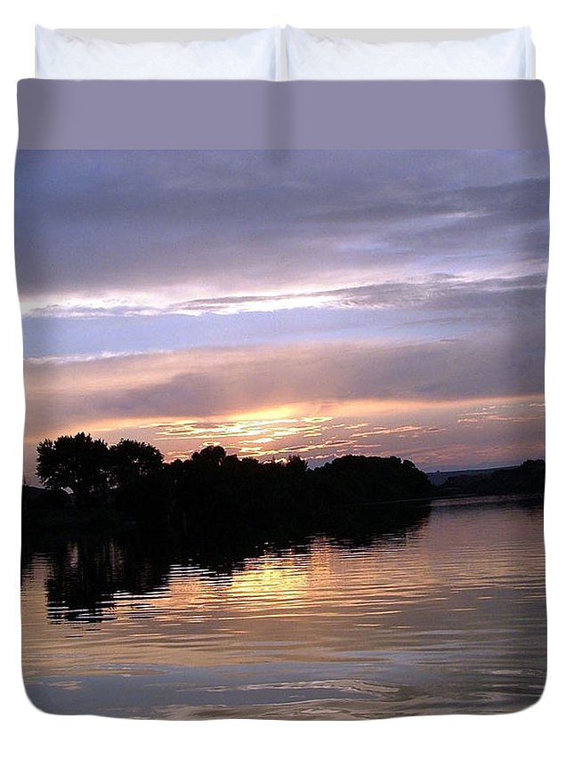 Snake River Duvet Cover featuring the photograph Sunset On The Snake by Dawn Blair