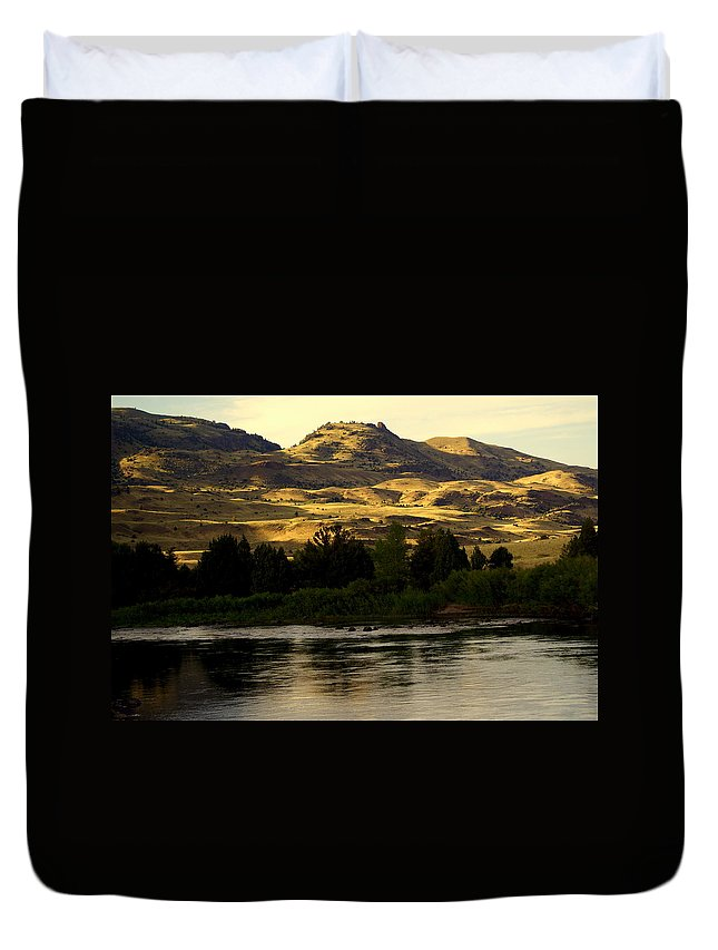 Yellowstone River Duvet Cover featuring the photograph Sunset On The Yellowstone by Marty Koch