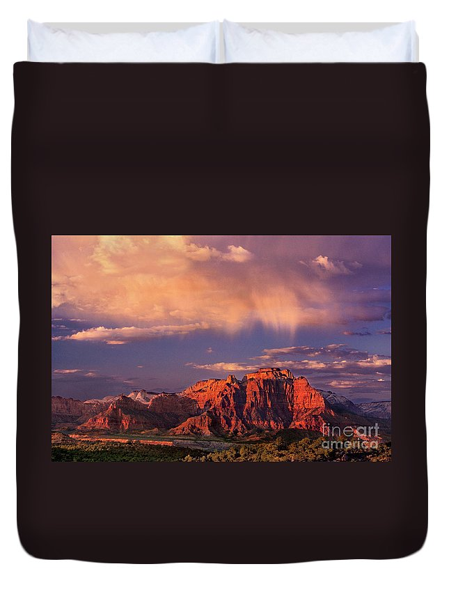 North America Duvet Cover featuring the photograph Sunset On West Temple Zion National Park by Dave Welling