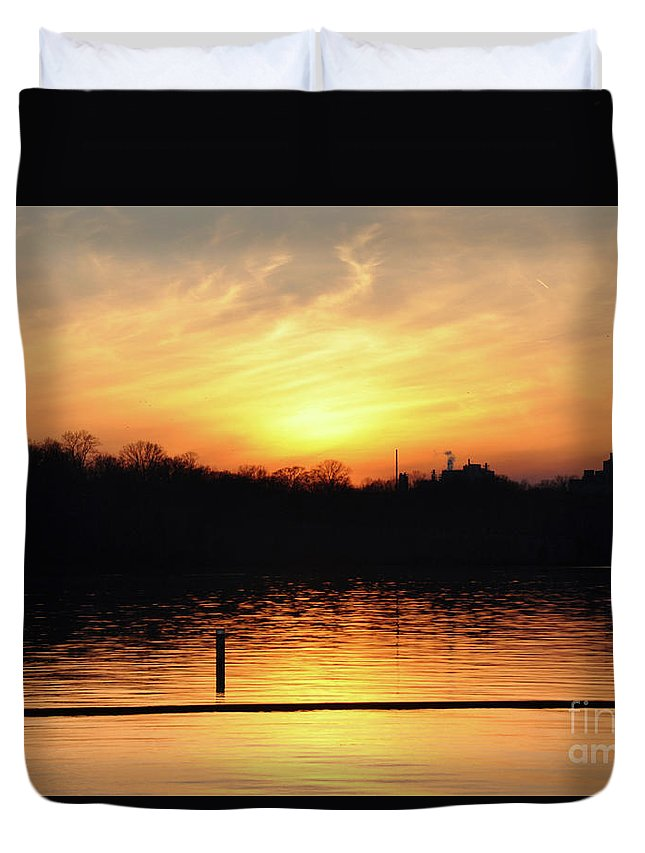 Sunset Over Lake Duvet Cover featuring the photograph Sunset Over Lake by Wanda-Lynn Searles