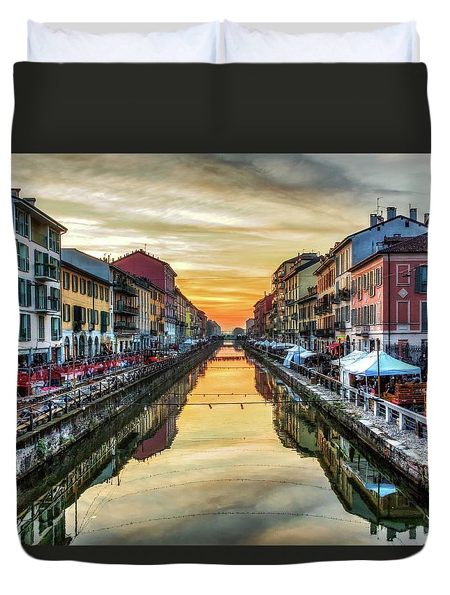 Color Efex Pro Duvet Cover featuring the photograph Sunset Over Naviglio Grande by Roberto Pagani