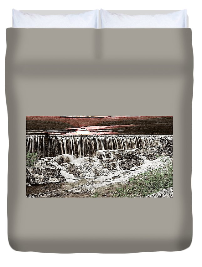 James Smullins Duvet Cover featuring the photograph Sunset Over The Dam by James Smullins