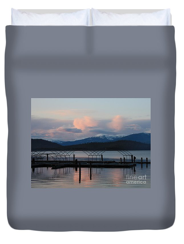 Priest Lake Duvet Cover featuring the photograph Sunset Reflecting Off Priest Lake by Carol Groenen